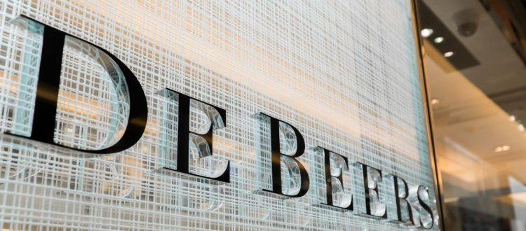 de beers paper De beers announced a price increase of 55% in 1990, following on the heels of a 155% price increase in 1989 ( a year in which de beers reported a 30% increase in net profits), and increases of 10%, 7% and 75% in 1988, 1987 and 1986, respectively.